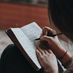 LITERACY & LANGUAGE